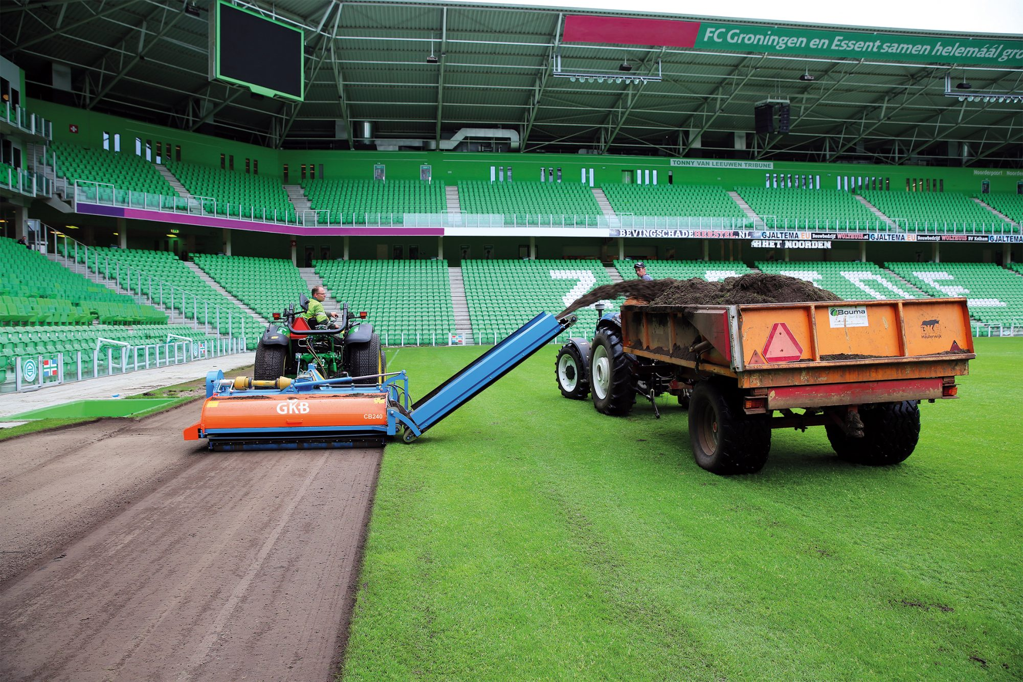 Image of Removing annual meadow grass with the Combinator