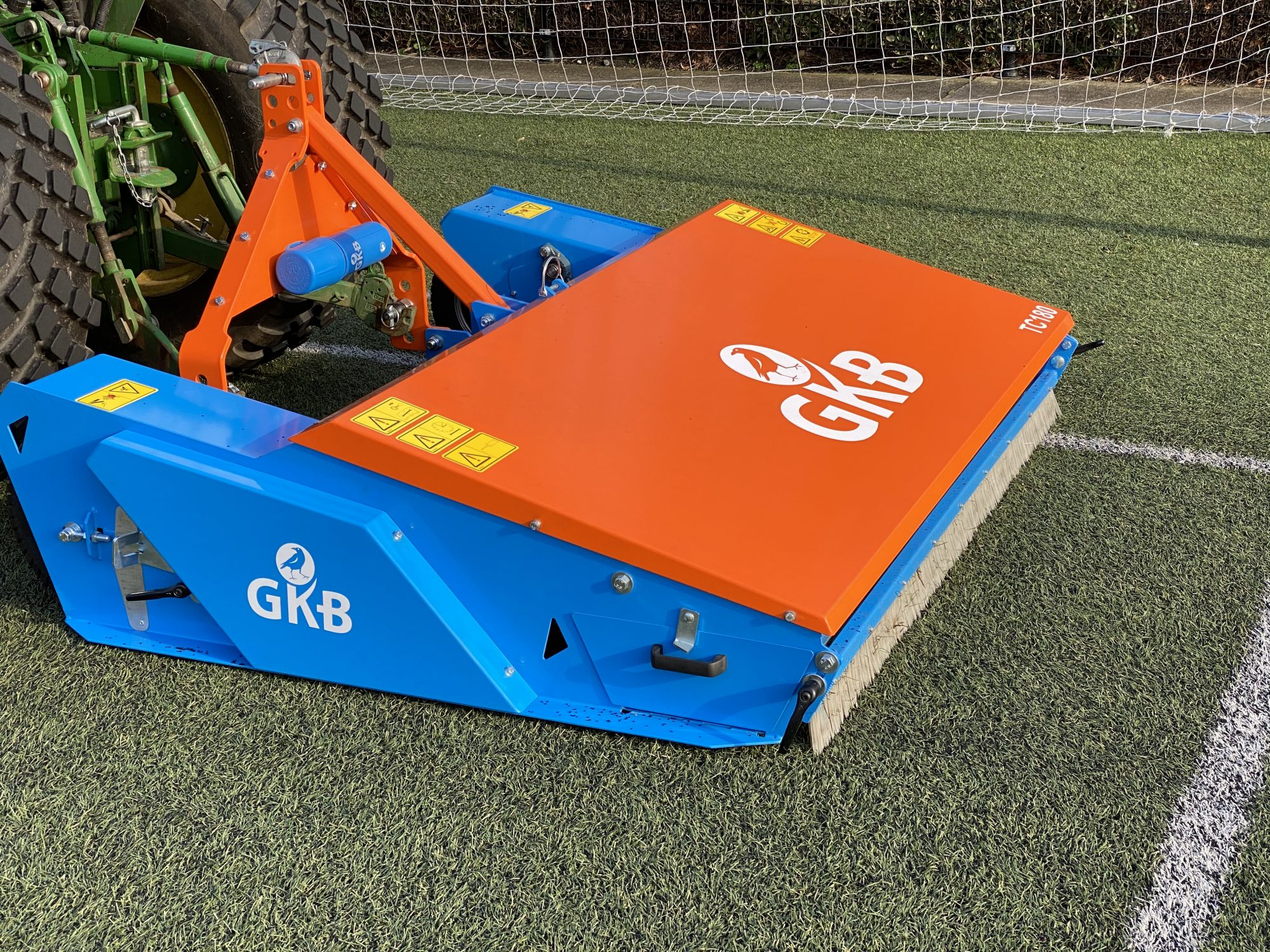 Image of Clean artificial turf pitches more efficiently with the Top Clean!